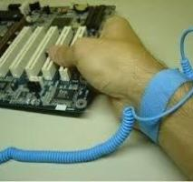 Linha de montagem componentes eletrônicos